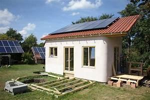 Bausatz Haus Für 25000 Euro : ownhome haus baukasten f r autarkes leben ~ Markanthonyermac.com Haus und Dekorationen