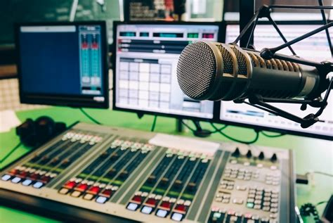 the 10 best college radio stations gear patrol