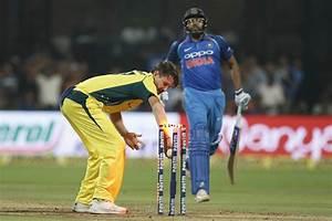 Live Cricket Score - India vs Australia, 4th ODI ...