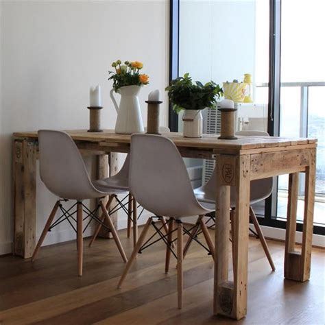 25 best ideas about palette table on pallet