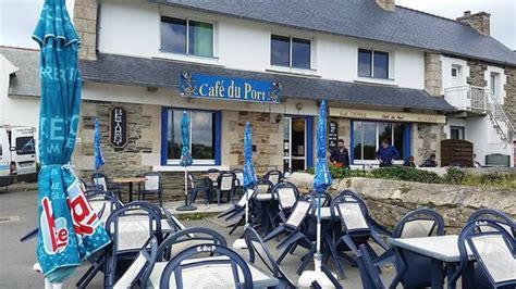 vue de la table picture of le cafe du port tredrez locquemeau tripadvisor