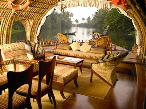 Houseboat In Hindi by Kerala Houseboat Holiday India Helping Dreamers Do