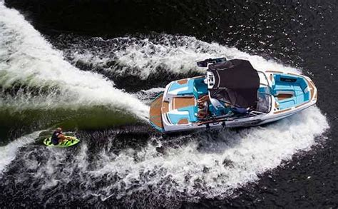 Boat Wake Physics by Wake Boats Endless Waves Boatus Magazine