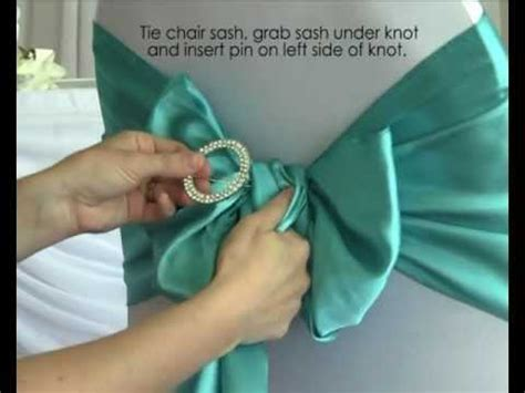 how to use a diamante buckle with chair sashes in your