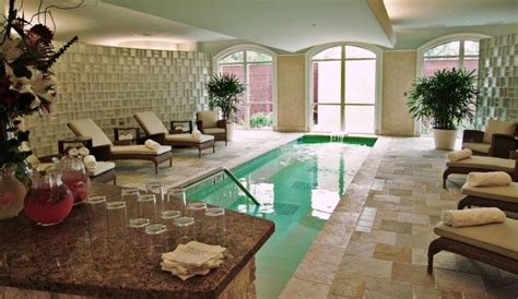 The Houstonian Hotel Trellis Spa Has A Water Theme
