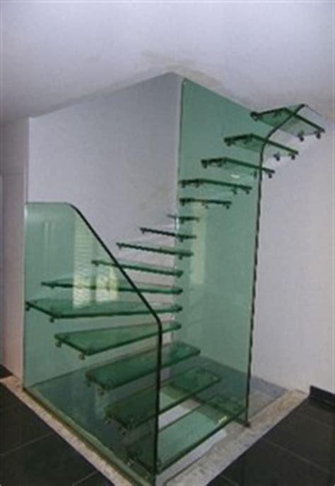 escalier en verre quart tournant lamorlaye 60 par casalux home design d architectures