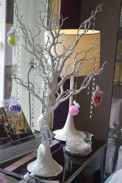 arbre centre de table souvenir utilisez la pour en faire un plan de table tendance boutik