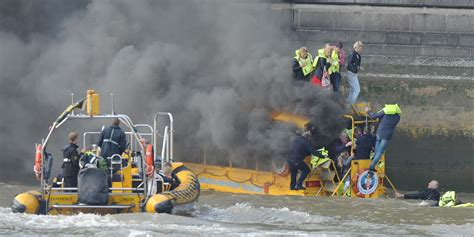 Party Boat Thames Disaster by Duck Boat Disaster As Tour Boat Catches Fire On The Thames