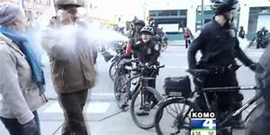 Cop Pepper Sprayed Teacher Talking On Phone With Mom ...