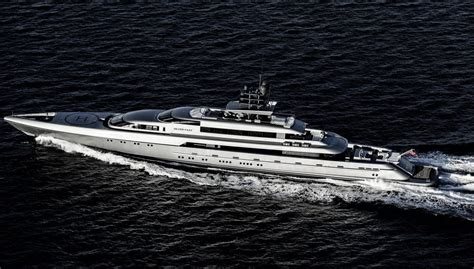 What Is The Biggest Boat Show In The World biggest yachts from the 2016 palm beach international boat