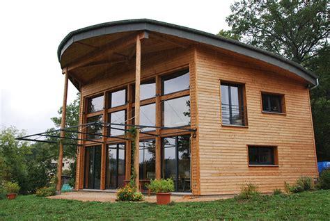 2010 maison 224 poteaux poutres bois et paille 224 etienne lardeyrol eco architecte