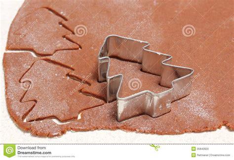 p 226 te pour les biscuits coupeurs de biscuit dans la forme de l arbre de no 235 l photo stock image