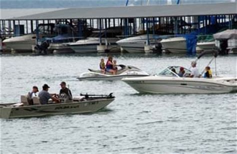 Canyon Lake Boat Rentals Military by Pin By Military Onesource On Summer Fun On A Budget