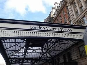 London Victoria Station - 런던 - London Victoria Station의 리뷰 ...