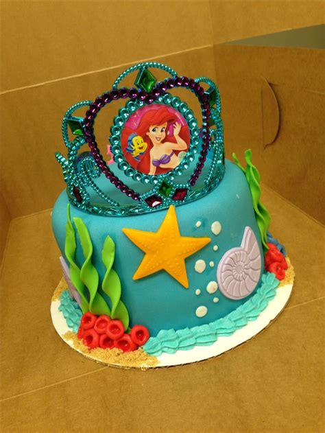 ariel birthday cake mermaid birthday cake earline durlacher looks like