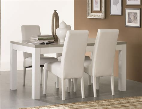 charmant table a manger carree blanche avec table manger blanche inspirations photo table de