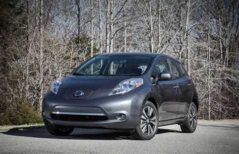 2013 nissan leaf longer range faster charging leather seats and more all the upgrades