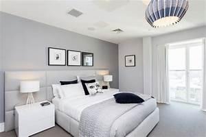 Graue Möbel Welche Wandfarbe : wandfarbe grau im schlafzimmer 77 gestaltungsideen ~ Markanthonyermac.com Haus und Dekorationen