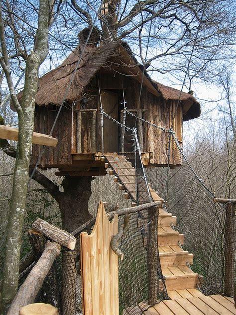 les 25 meilleures id 233 es concernant maisons dans les arbres sur maison pour enfants
