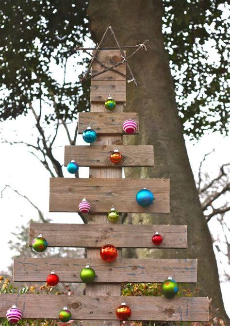 deco noel exterieur decoration bois exterieur jardin maisondours