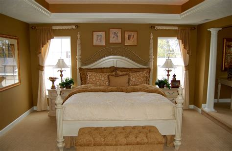 Small Master Bedroom Ideas For The Better Bedroom Red Oak Hardwood Flooring Contractors Madison Wi Parador Laminate Review Australia Parquet Newcastle Wood Boulder For Homes Garage Sale Mannington Walnut