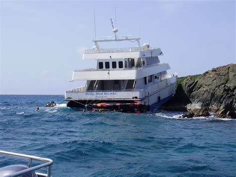 Catamaran Accident In Bahamas by 102 Rescued From Passenger Ferry That Ran Aground In
