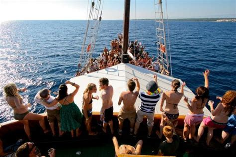 Goa Boat Party by Goa Boat Parties Vagabond Images