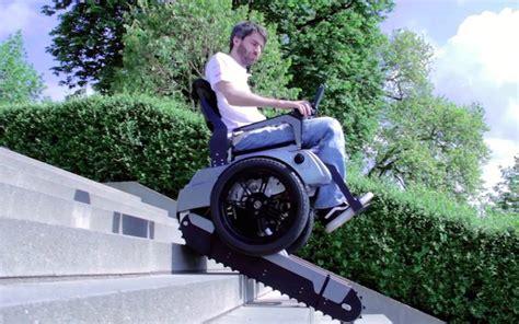 un fauteuil roulant qui monte les escaliers l invention g 233 niale d 233 tudiants