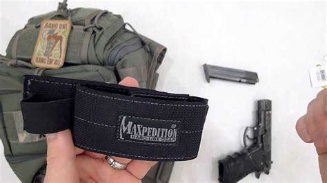 """Video Review """"maxpedition"""" Sneak™ Universal Holster Insert"""