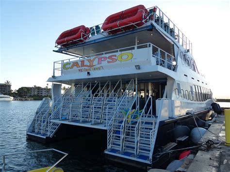 Boat Cruise Maui by Calypso Maui Dinner Cruise Maui S Best Dinner Cruises