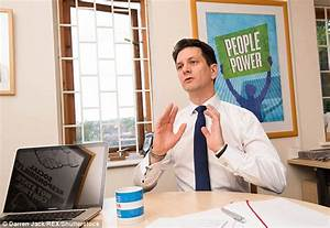 Steve Baker says Theresa May in a plot to thwart a clean ...