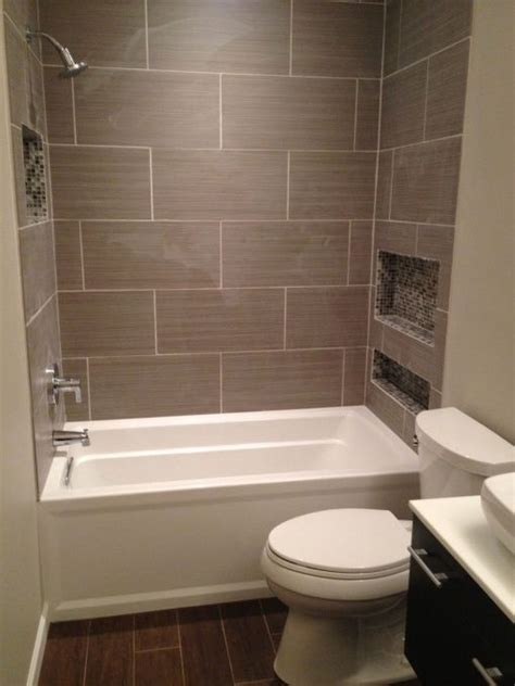 25 best ideas about tile tub surround on