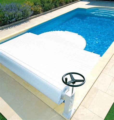 volet roulant manuel ou 233 lectrique pour 233 quiper votre piscine volet roulant piscine