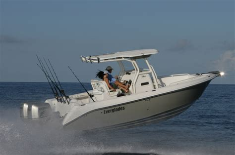 Everglades Boats In Rough Water by Research 2013 Everglades Boats 250cc On Iboats