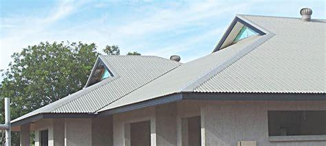 Dutch Hip Roof