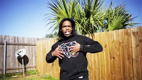 """Curren$y Ft Young Roddy And Trademark  """"hold On"""" On Behance"""