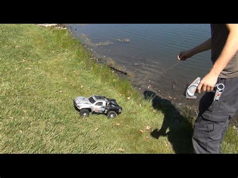 Remote Control Boat For Surf Fishing by Rc Fishing Boat Radio Ranger Test Run In The Ocean Surf