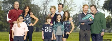 modern family season 1 photo cover