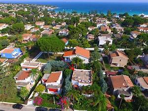 House near beautiful SANDY BEACH. Siracuse... - HomeAway ...