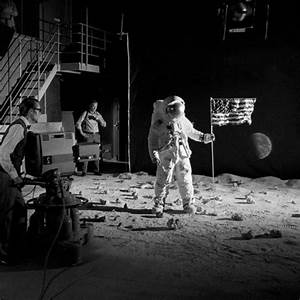 The Funny Pic of the Moon Landing Fake - Pics about space