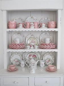 Shabby Chic Geschirr : 25 best ideas about antique china dishes on pinterest vintage china antique dishes and pink ~ Markanthonyermac.com Haus und Dekorationen