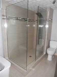 0101 am 233 nagement salle de bains walk in c 233 ramique et verre c 233 ramique 224 plancher et