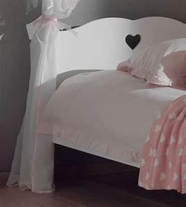 Vorhang über Bett : himmelbett amori mit bett vorhang liegefl che 90 x 200 cm wei kinder jugendzimmer betten ~ Markanthonyermac.com Haus und Dekorationen