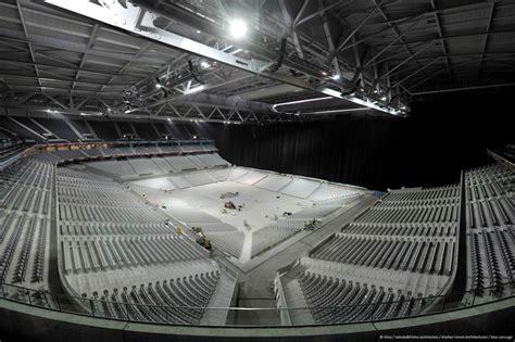 le concert de rihanna dans l arena du grand stade de lille d 233 j 224 complet