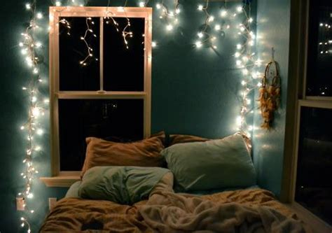 5 Ways To Decorate With Christmas Lights — 1000bulbscom Blog