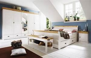 Schlafzimmer Set Massivholz : massivholz schlafzimmer set komplett 180x200 kiefer massiv wei gelaugt ~ Markanthonyermac.com Haus und Dekorationen