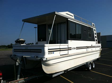 Catamaran Houseboat For Sale by Catamaran Cruisers Lil Hobo 2000 For Sale For 19 900
