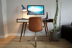 Schreibtisch Im Wohnzimmer : neuer schreibtisch alter imac hardware galerie ~ Markanthonyermac.com Haus und Dekorationen