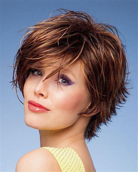 modele coiffure coupe courte effil 233 e
