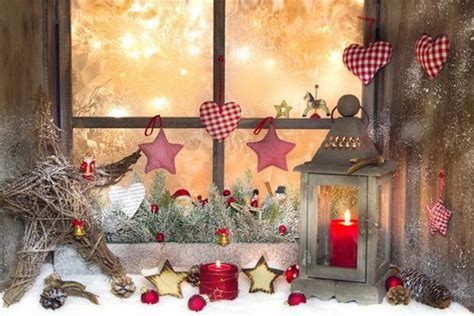 Elegant Christmas Window Décor Ideas Fold Away Dining Table Curio Low Coffee Tables Round Custom Room Folding With Stools Underneath Waterford Linens